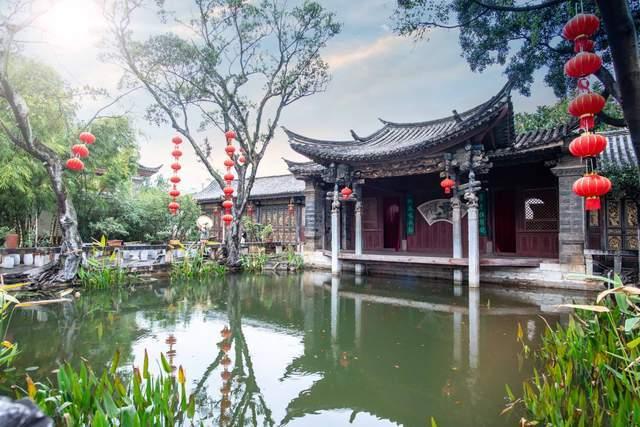 云南这座花园,根据《红楼梦》大观园打造,现成当地著名旅游景点
