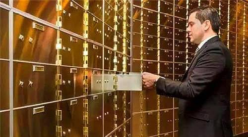 原创             为何说瑞士银行是全球最安全的银行?看看他们的金库