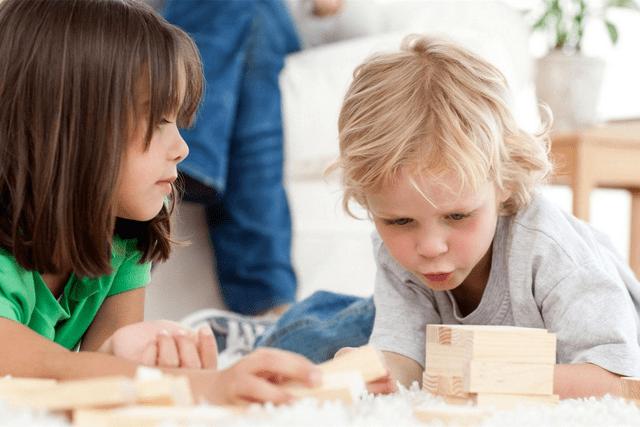 三岁孩子自控能力差咋办?父母干预要趁早,否则事倍功半