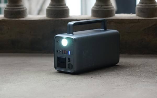 小体积大电量,户外必备,居家不断电!羽博户外电源开箱体验!