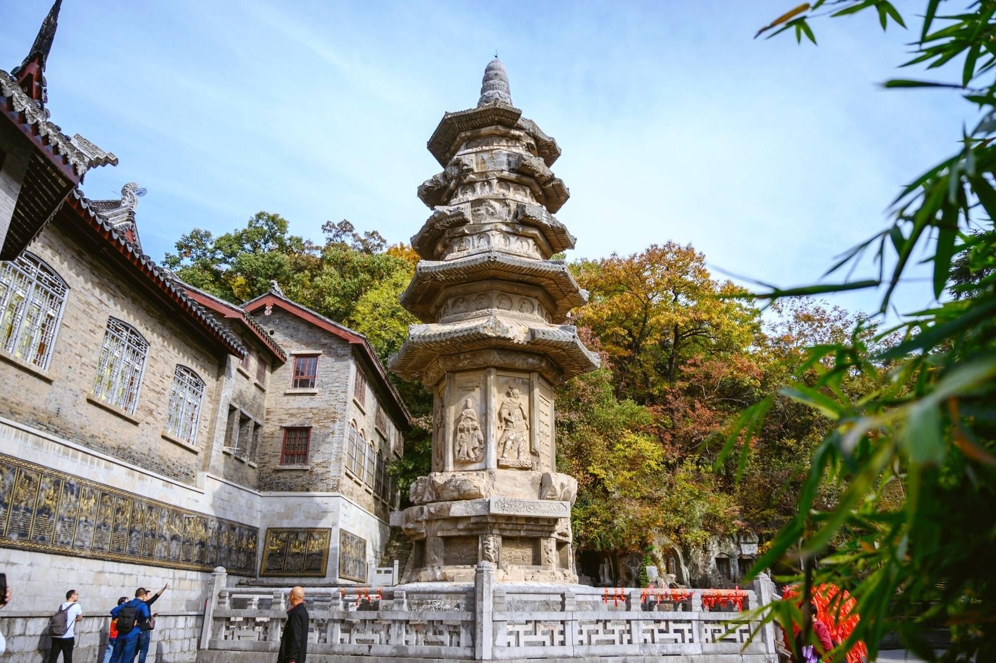 南京栖霞寺,中国四大名刹之一,至今已有1500多年的历史