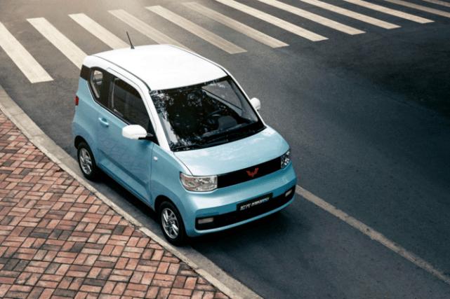 比亚迪/五菱/长安在原厂电动精品车竞争中谁的产品更好?