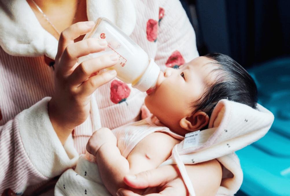 喝夜奶主要是为了安抚情绪 孩子多大断夜奶比较好