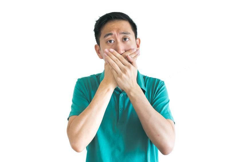一张嘴总会熏死人?一图告知:大多数中国人的口臭,都因它而引起