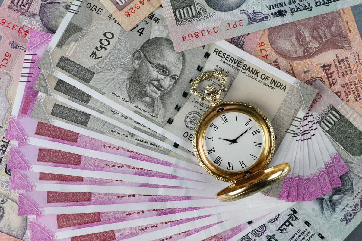 印度GDP恐跌出世界前五!美国中国日本和德国前四!美媒:2亿印度人将再次贫困