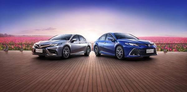 添加双引擎混合/智能升级!新款凯美瑞正式推出,销量17.98万辆