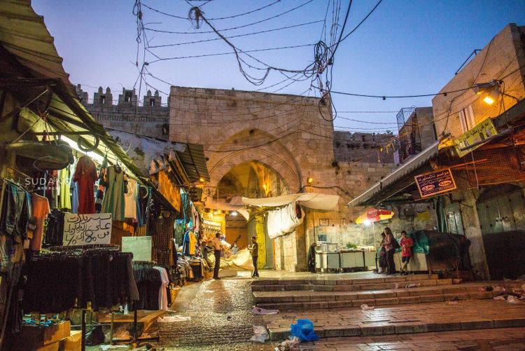 """3000年古城充满风情,藏在地中海与死海之间,有""""世界中心""""之说"""