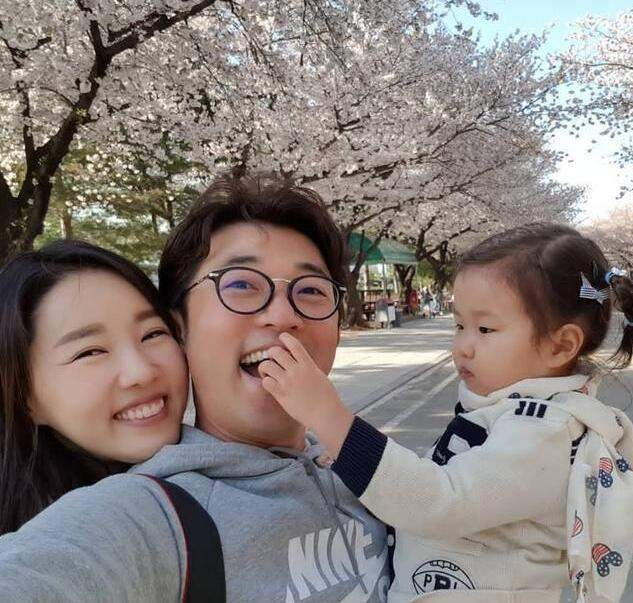 """第一代韩剧男神""""小民哥"""" 80后那些年的他依然很撩妹"""