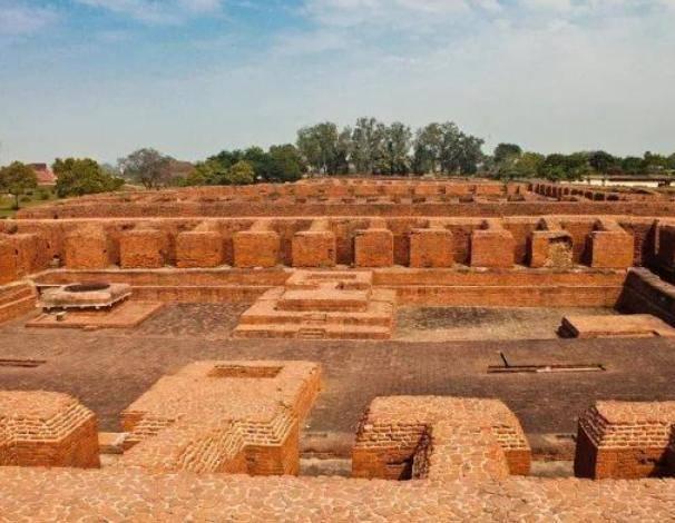 印度最古老佛寺之一,曾经是唐僧的母校,经书多达900万卷