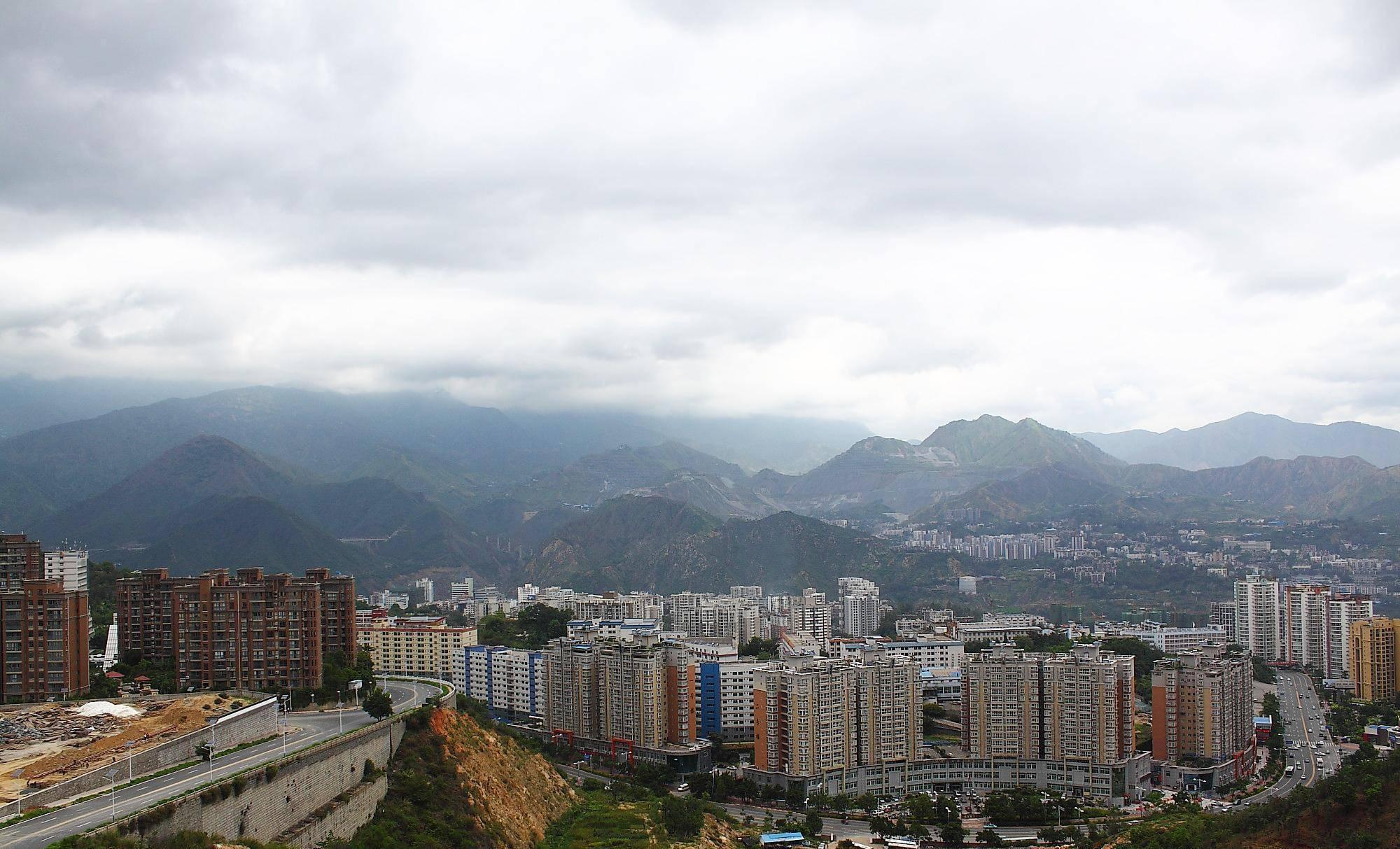 """中国一座""""硬核""""的城市,有着柔软的名字,还是西南瓜果之乡!"""