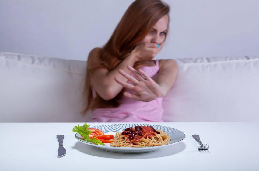 """不吃晚餐能减肥?医生叹息:这4种疾病或许比""""瘦身""""来的更快!"""