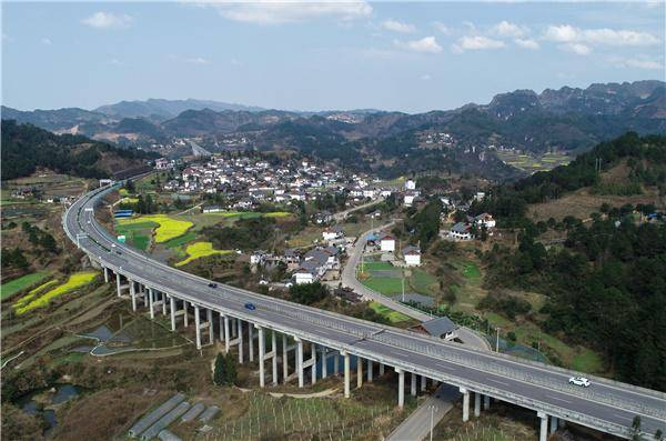 耗资133亿!为什么说河南建成高速可以带动经济?