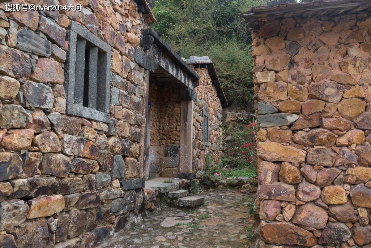 原创             福建这座小村房子用石头砌成,美如童话世界