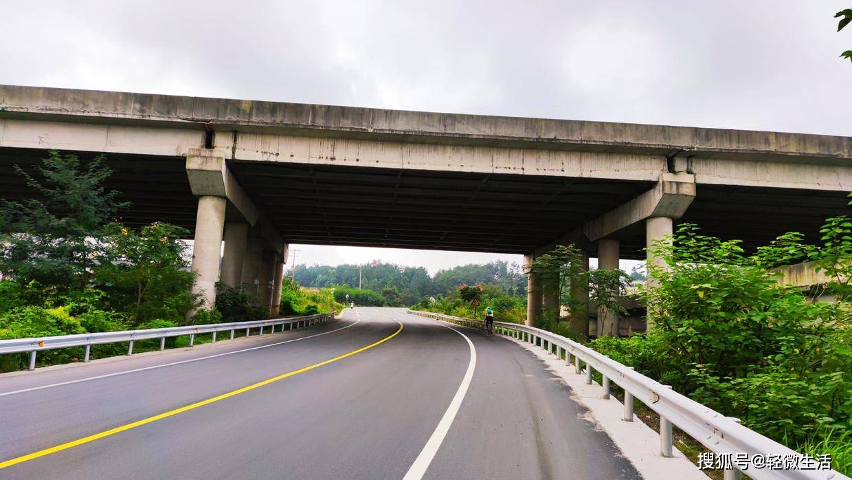 骑记:〔合〕经德阳罗江,喜太平廊桥,天朗气清,悦目赏心