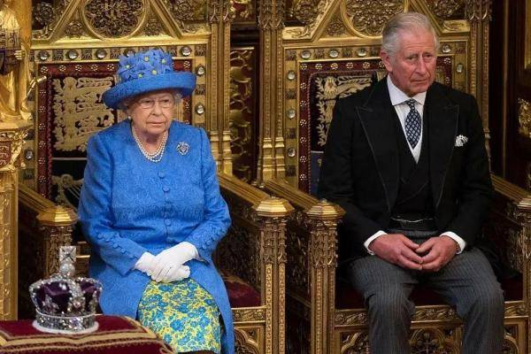"""极端奢华的生活引人注目 """"高大上""""的皇室钱从何来?"""