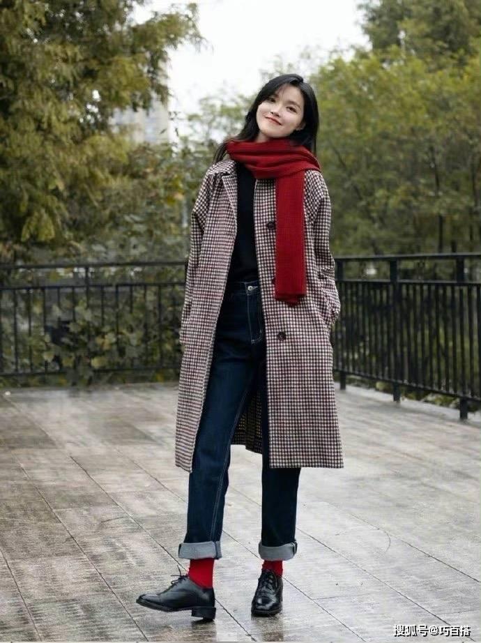 """今年流行的""""时尚cp"""",组合搭配很有氛围感,让人优雅又气质"""