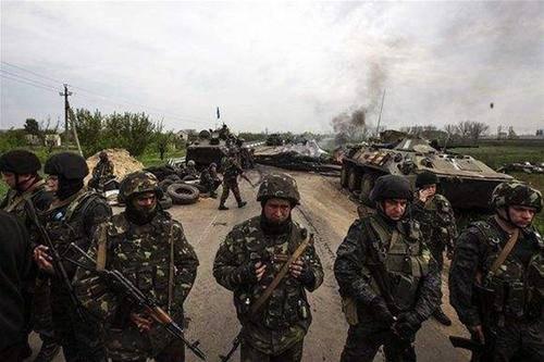 乌克兰:销毁核弹,自废武功,拳头不硬,丢了克里米亚,东乌不稳