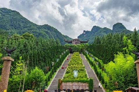 """""""神圣、神秘、神奇""""湖北神农架景区亮相北京"""