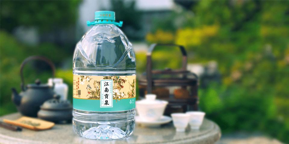 """好水与好茶的""""碰撞"""",江南贡泉领军泡茶小桶水市场"""