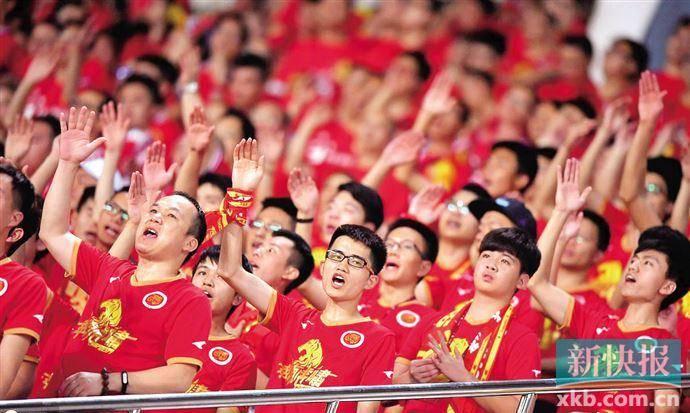 粤媒:天津是最弱球队 现有赛制为恢复主客场留操
