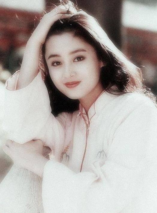 她的姑姑是演员陈红,姑父是导演陈凯歌,本人出道多年却少有人知  第1张