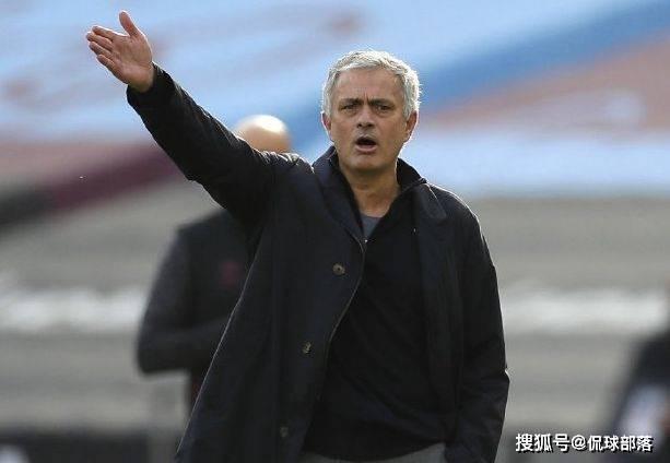 3-0!英超卫冕冠军神了,19分钟进3球,21年纪录诞生,穆帅遭打击