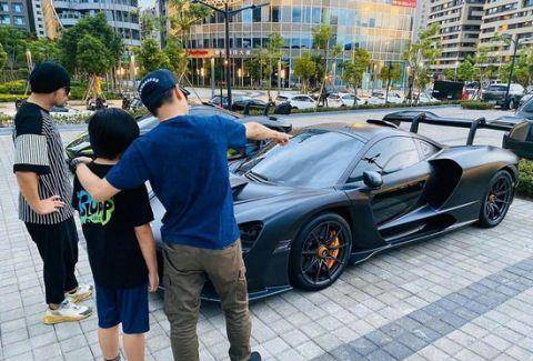 林志颖带Kimi欣赏周杰伦跑车,Kimi已经长成大小伙子