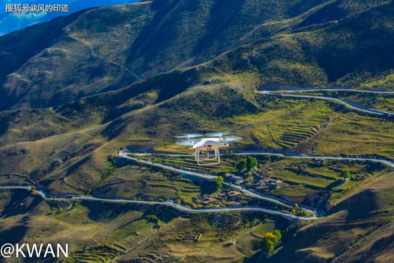 原创             川藏线南线的业拉山下,怒江天险七十二拐,自驾进藏的必经之路