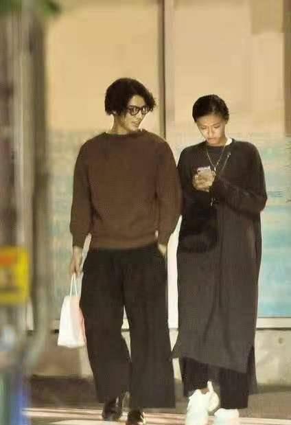 日本演员排行_网友票选日本俊男美女明星夫妻档排行榜TOP10(2021版)
