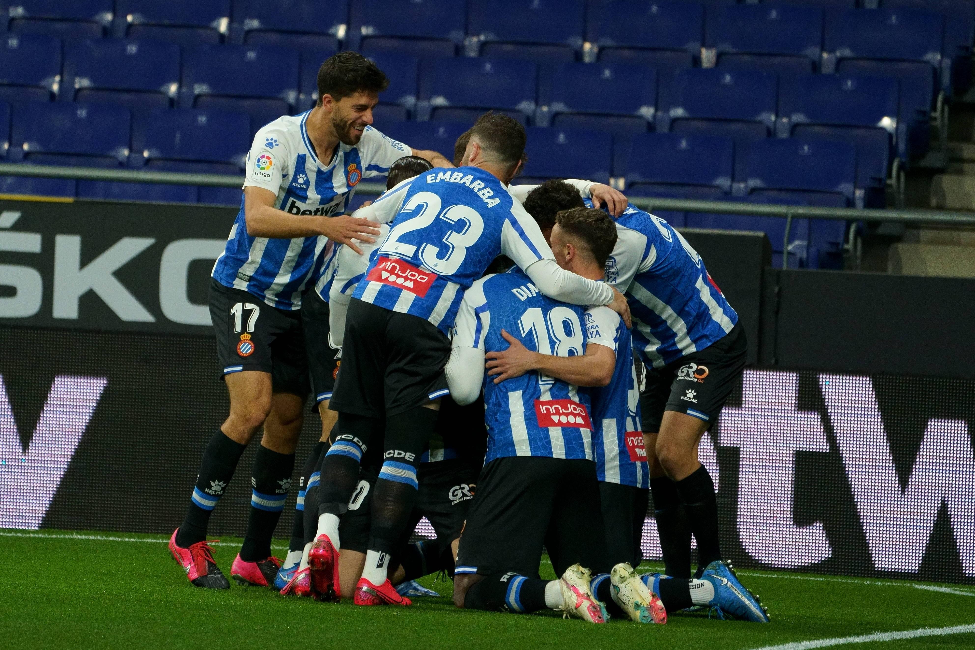 西乙-武磊第89分钟替补登场 西班牙人2-1豪取5连胜