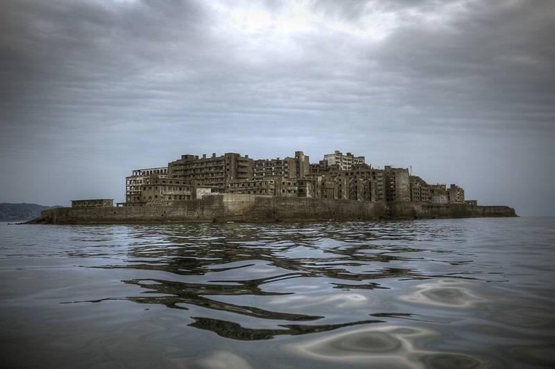 影像 | 日本军舰岛实拍,一片荒凉,已是世界遗产