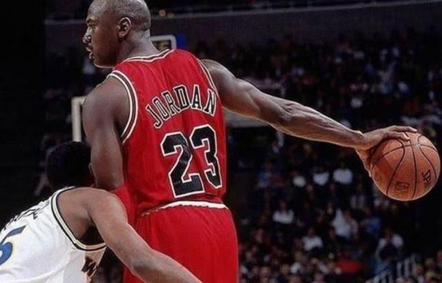 nba欧文得分 NBA六大荣誉称号:都是远古大神,你对于他们了解多少