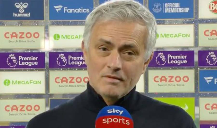 原创             穆帅霸气回应博格巴炮轰他针对曼联球员:他说啥不足挂齿,我没兴趣