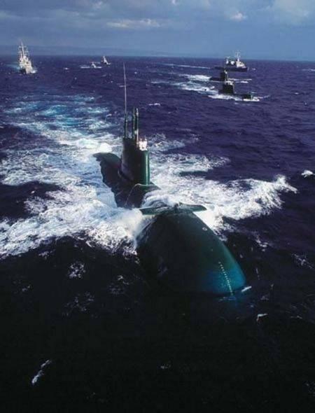 """以色列的大国重器,""""海豚""""级潜艇被誉为水中猎"""