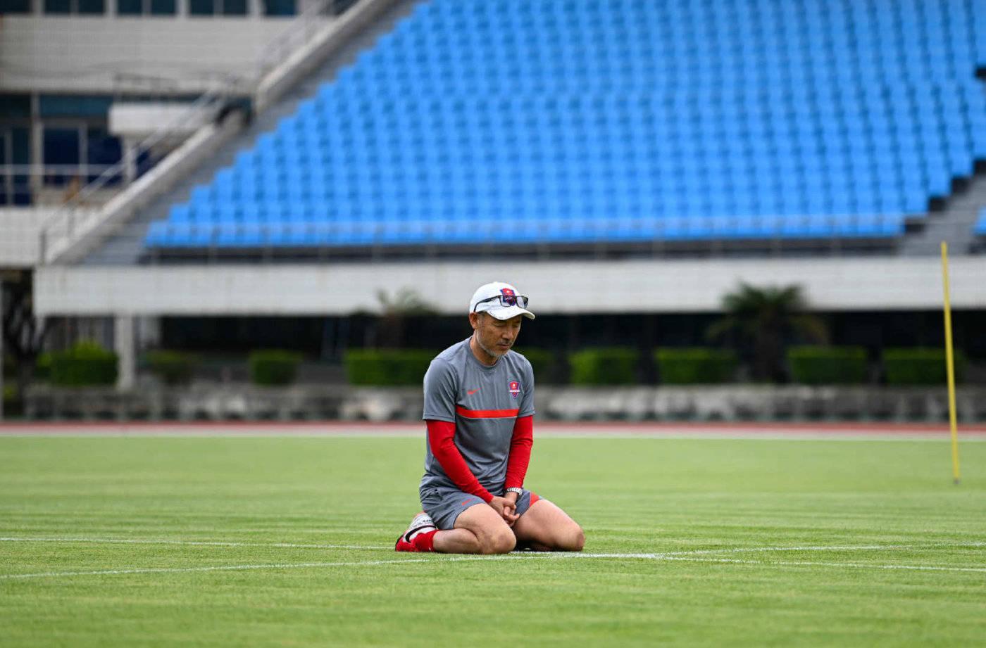 重庆队推迟了进入比赛区的时间,或者注意到即将举行新一轮的生存比赛。