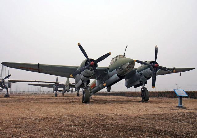 """二战""""图-2""""轰炸机:一群特殊囚犯的杰作,来自北"""