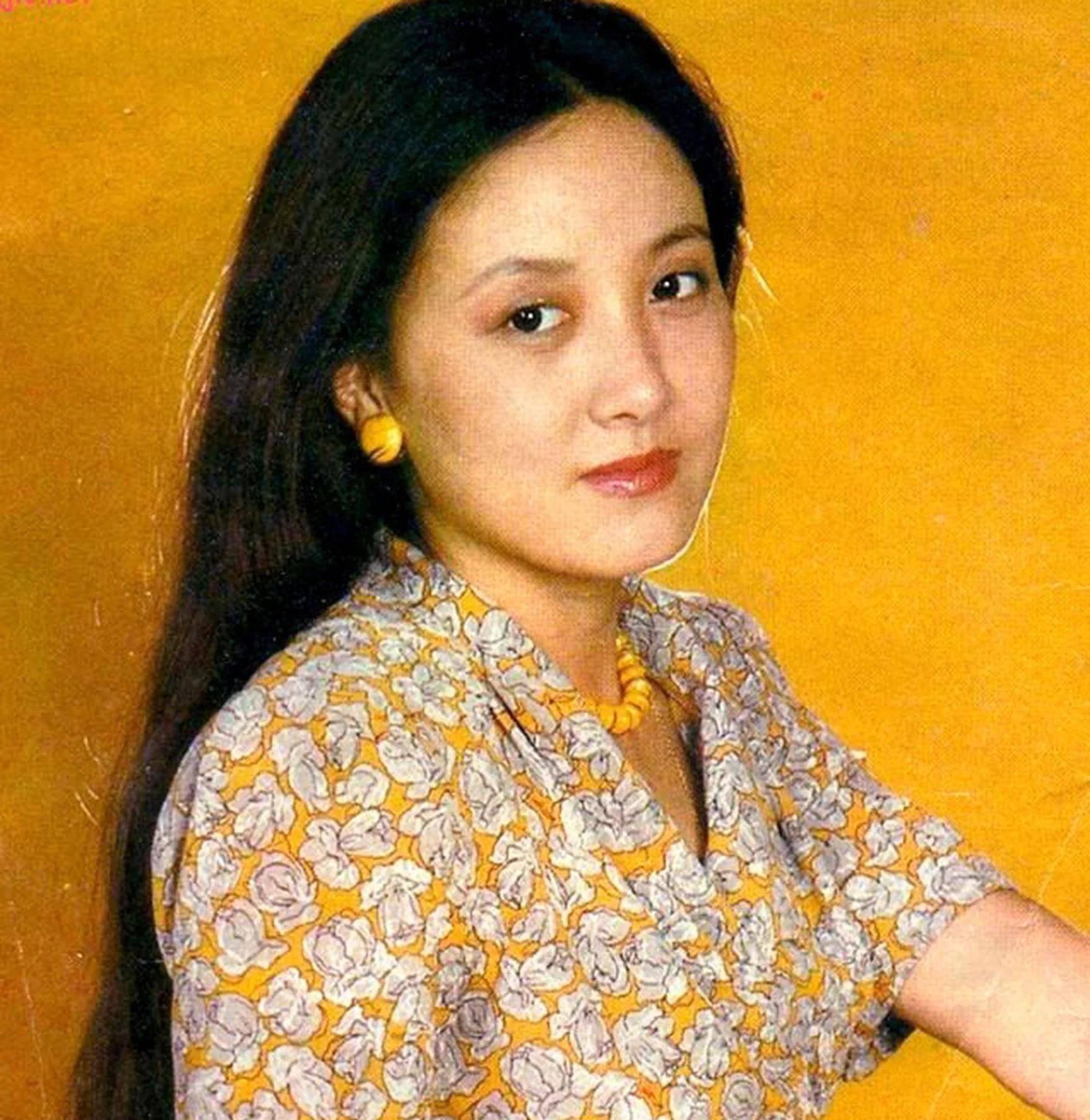 鸿图2注册邓婕前夫离婚后身价上亿?她小三上位遭张国立原配要求不许生子?60岁才当母亲 (图5)
