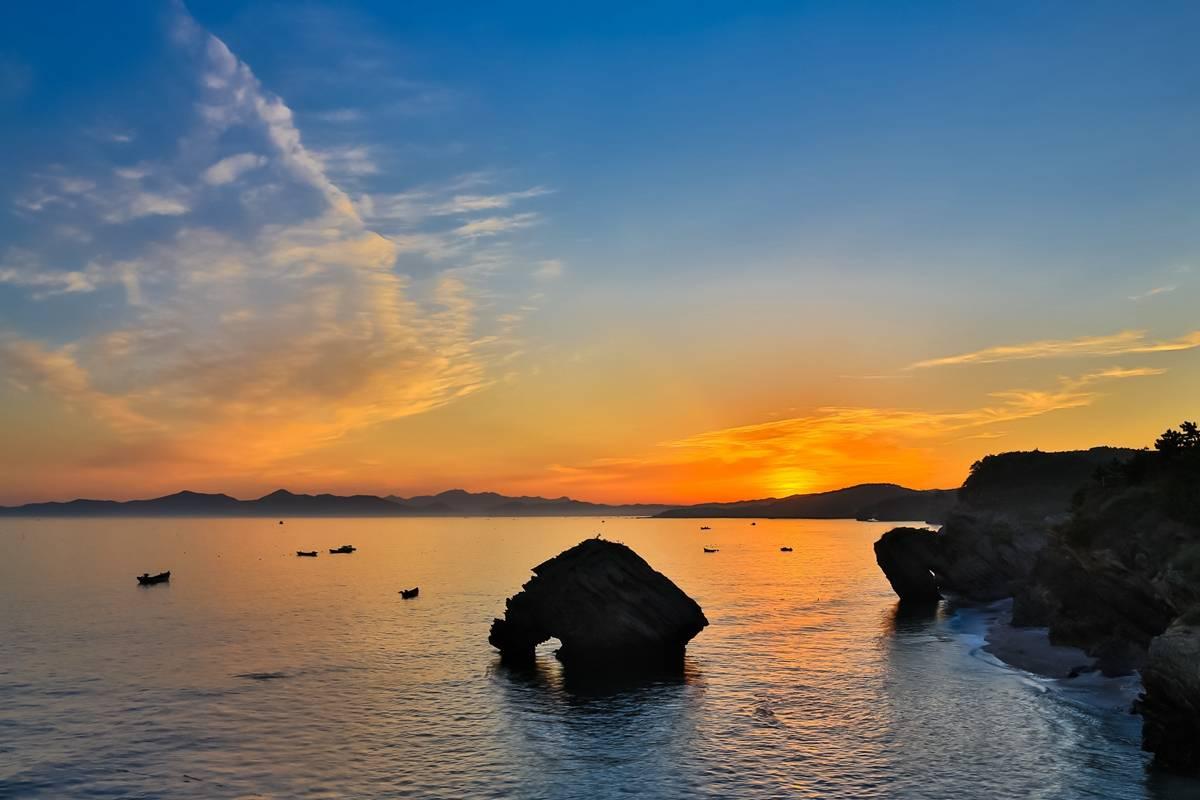 原创             五一最安逸的旅行清单!这5处清幽之地,避开喧嚣,饱览湖光山色