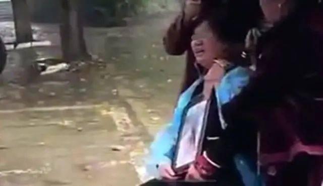 湖南一初中生、被同学从6楼扔下身亡?官方通报来了  第5张