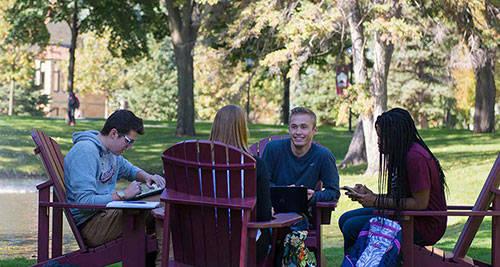 申请英国留学读预科有哪些好处?
