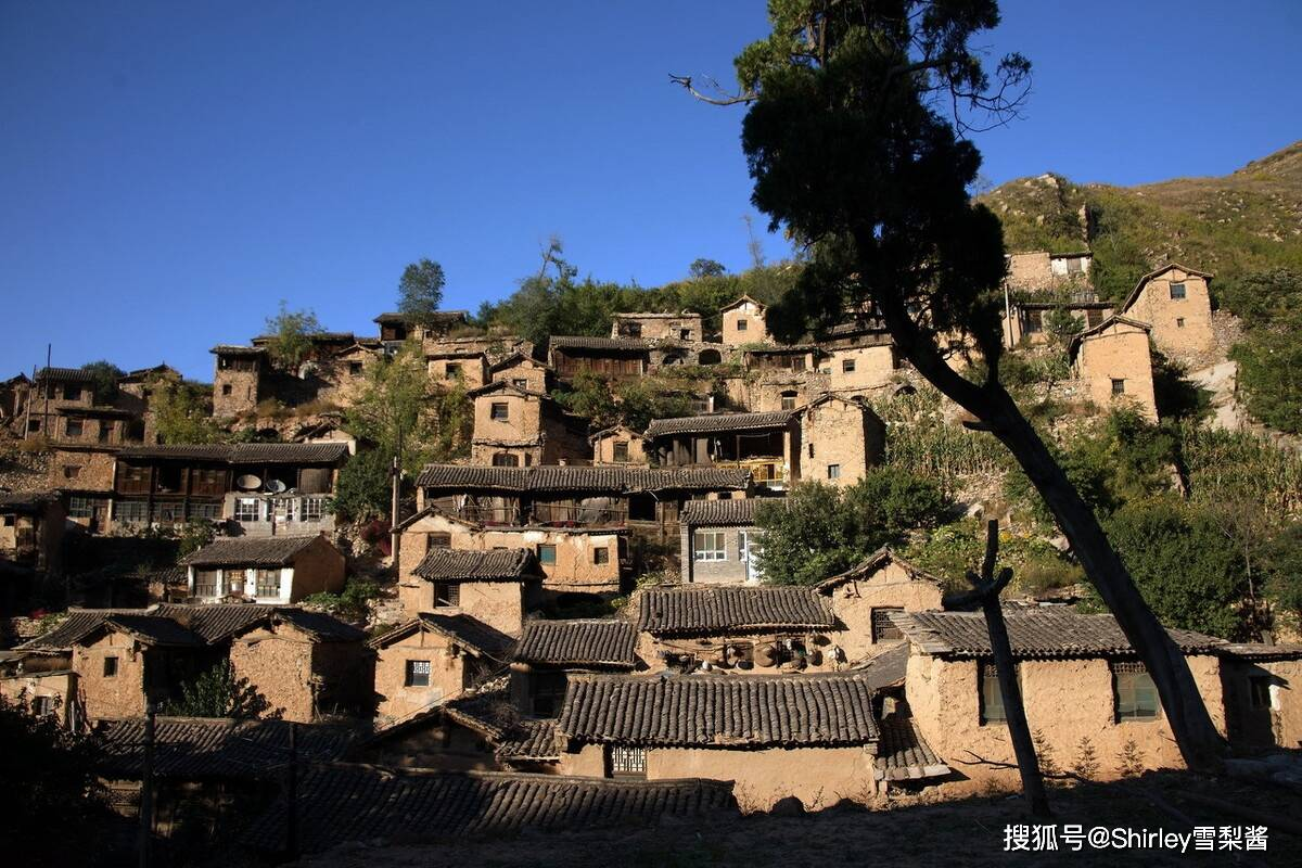 藏在太行山深处的千年古村,形似布达拉宫兴盛时有600人,如今仅剩11位老人
