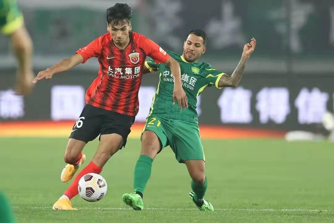 北京国安中超联赛2连败,陷入不胜怪圈,3中卫体系何解?