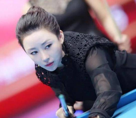 她是气质不输潘晓婷的台球女神,直言不愿嫁富豪,只想找普通人
