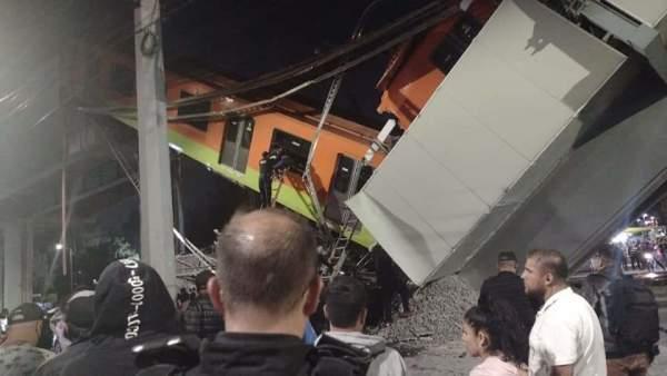 突发!墨西哥城郊地铁列车因趣赢平台高架铁路坍塌而脱轨,已致13死70伤