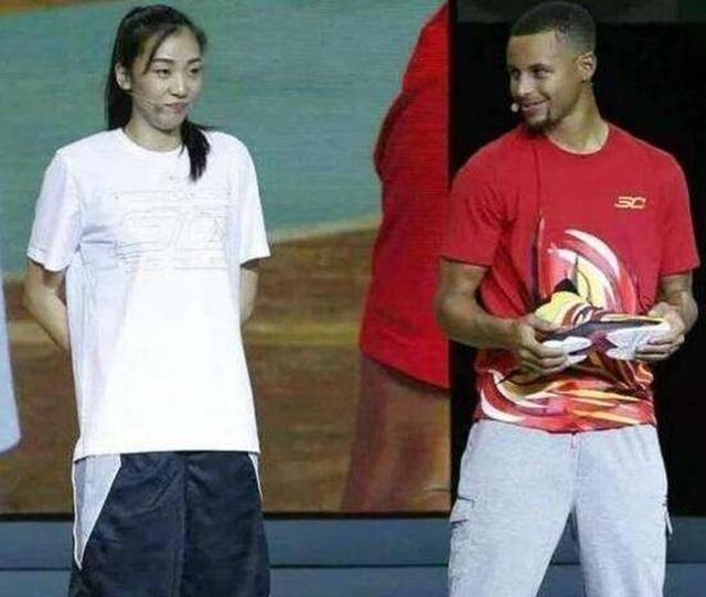 世界篮坛最美的4位球员:赵爽上榜,她15岁获选美冠军