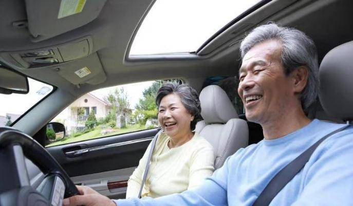 男人年过50开什么车最合适?这3款既成熟又有面子,土豪也羡慕!bqv