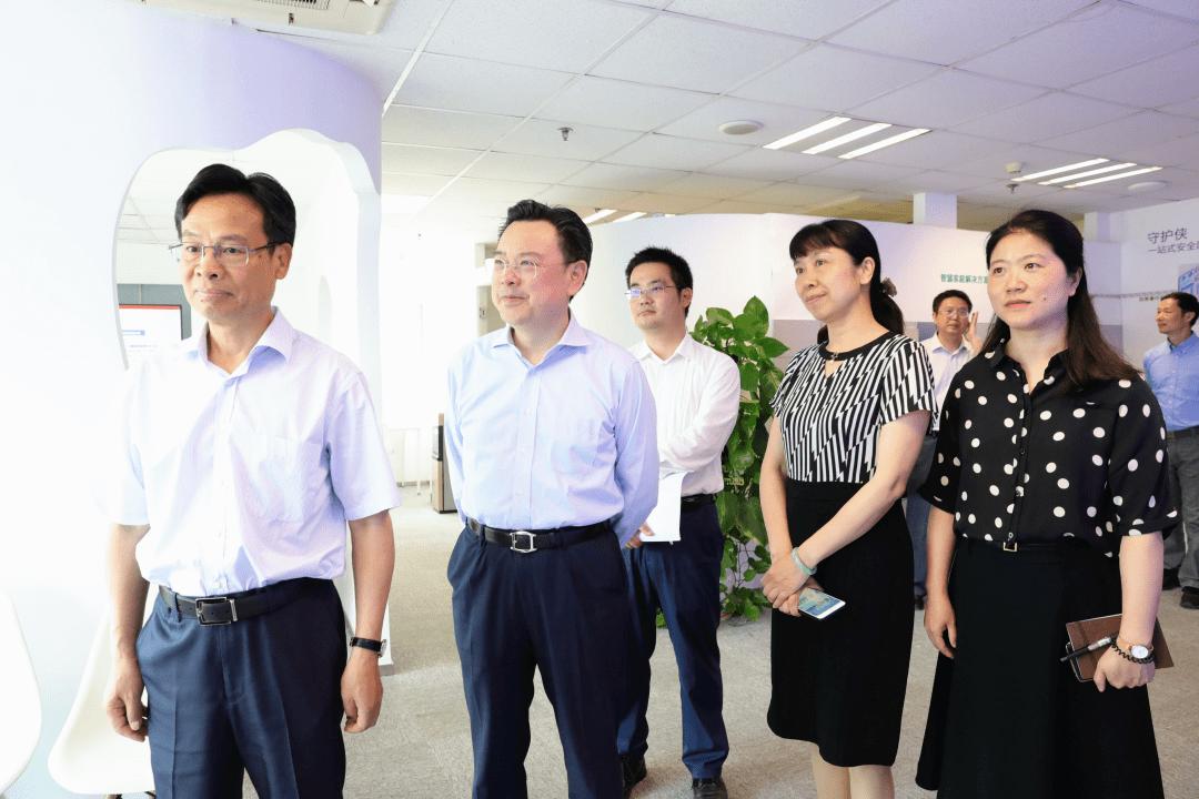 苏州市委常委、统战部部长姚林荣一行走访调地下城与勇士sf网站研涟漪科技