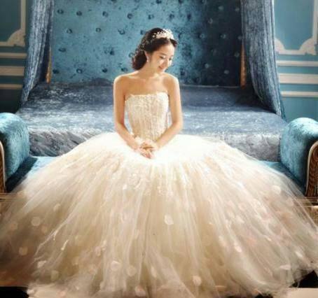 心理测试:你最喜欢哪一款婚纱?测测你身边谁在暗恋你?