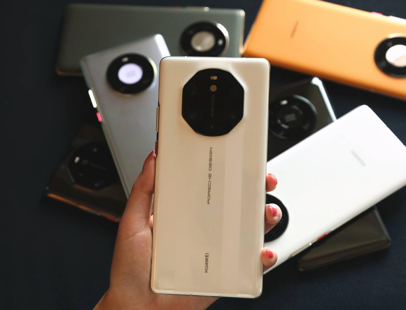 原创             首款非华为徕卡手机正dnf私服怎么弄式发布!曝荣耀和小米将争夺徕卡合作权