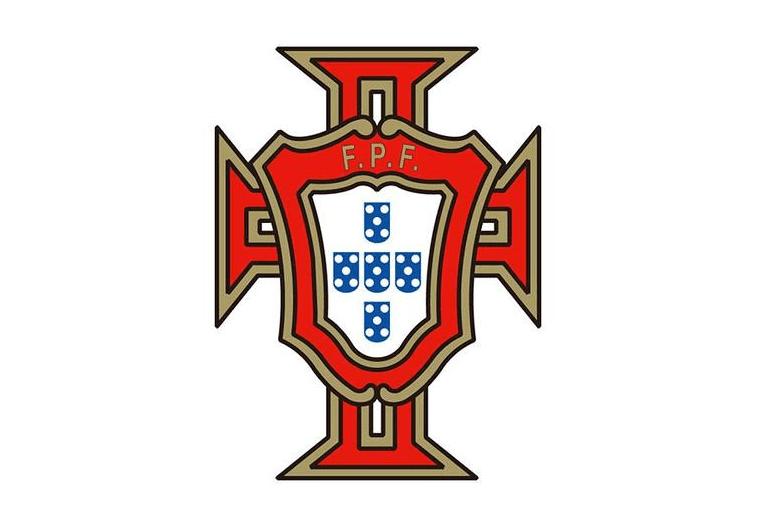 欧宝体育:重磅音讯:葡萄牙发布欧洲杯小名单,C罗B费领衔,寒门名将星散(图1)